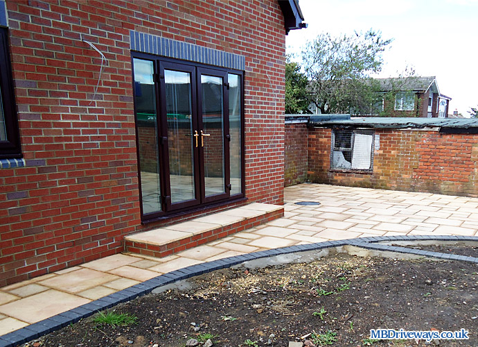 patio, paving, steps, walling, wall, edging, brett, bronte, weathered apricot, block paving