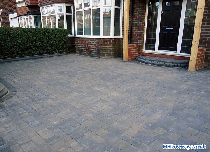 driveway, edging, boot kurb, edge, thomas armstrong, stone, cobbles, step