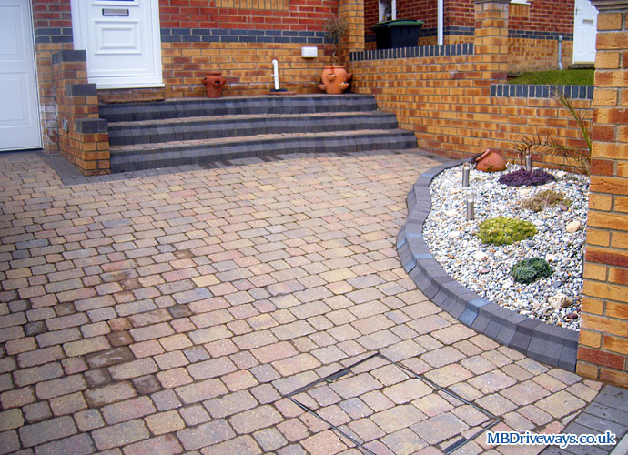 Block paving driveways and patio pictures photo 55 driveway steps recessed manhole cover boot kerb edging sunset solutioingenieria Image collections