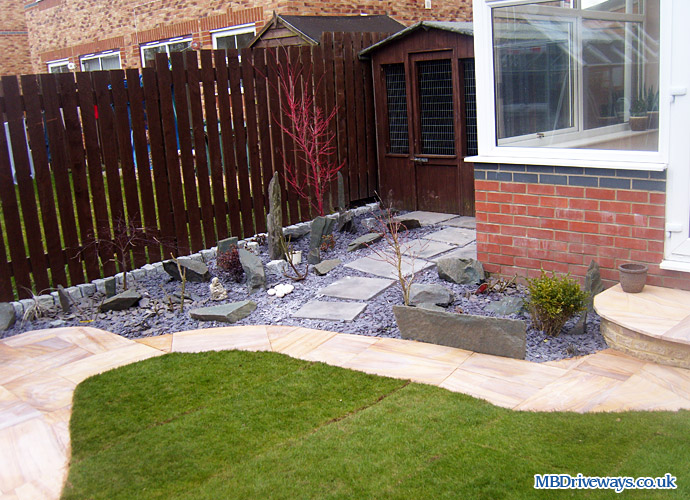 path, patio, step, gravel, gravelling, turf, stepping stones, slate, turfing, landscaping, step,