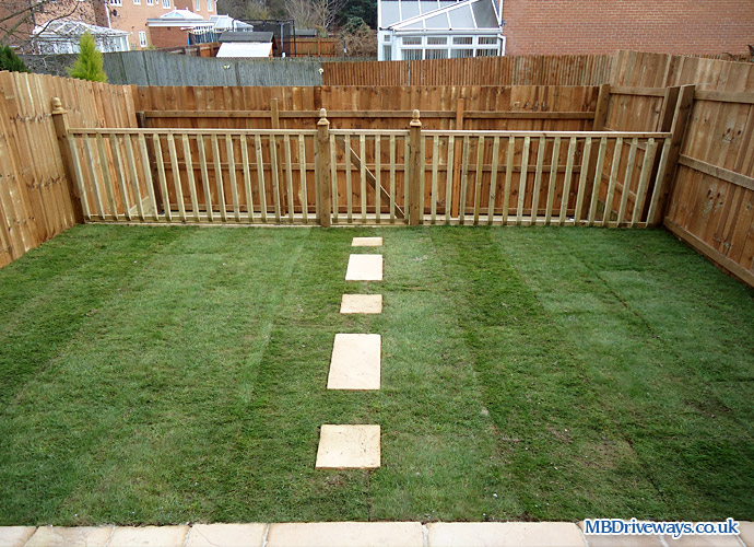 Patio, Paving, Path, Turf, Turfing, Decking, Fence, Fencing